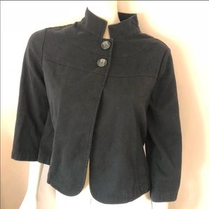 The gap black open front two button style jacket